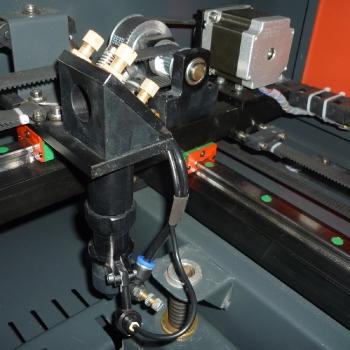 Głowica plotera laserowego